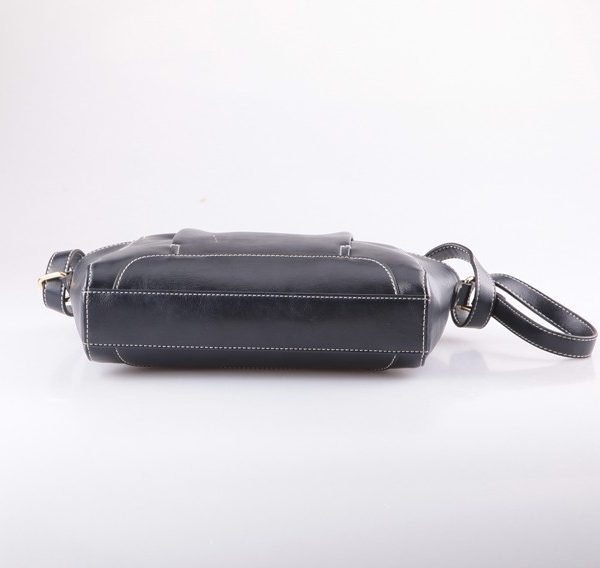 black-pu-shoulder-bag-01