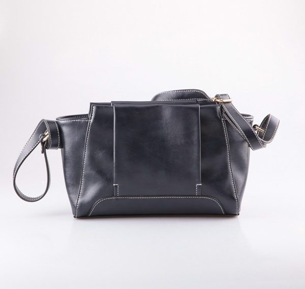 black-pu-shoulder-bag-03