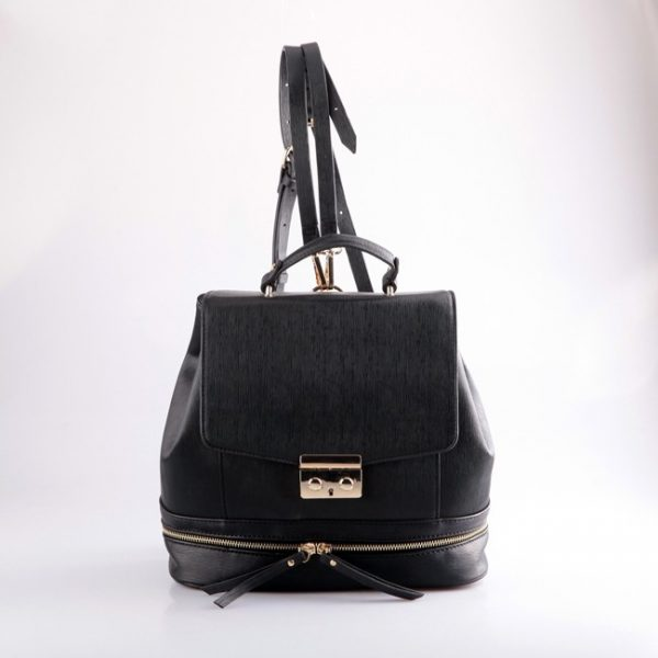 designer-casual-backpack-for-woman-02