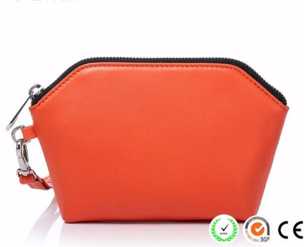 portable-travel-unique-makeup-pouch-bags-03