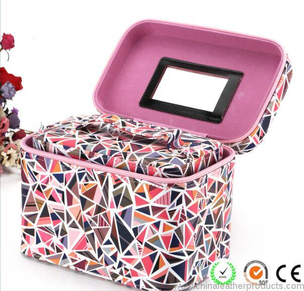 pu-travel-cosmetic-suit-bag-with-mirror-03