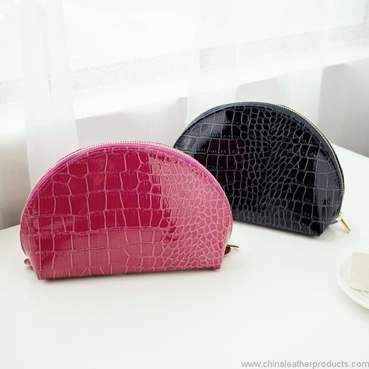 travel-promotional-cosmetic-bag-03