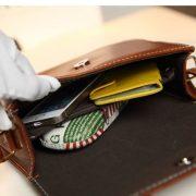 women-genuine-leather-messenger-bag-01